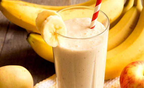 Δροσιστικό Smoothie με μήλο και μπανάνα